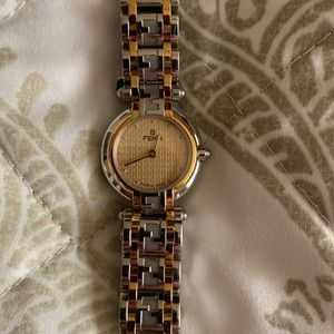 women's fendi watch!!